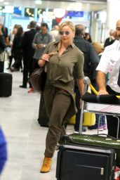 The hot actress Abbie Cornish Arriving at CDG airport