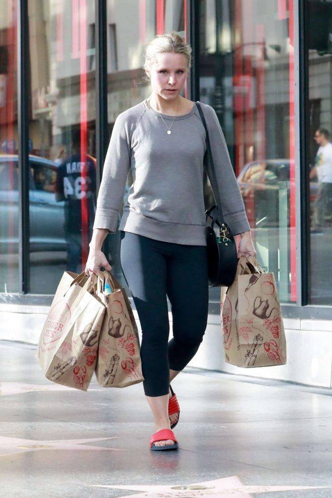 Sexy photos of Kristen Bell