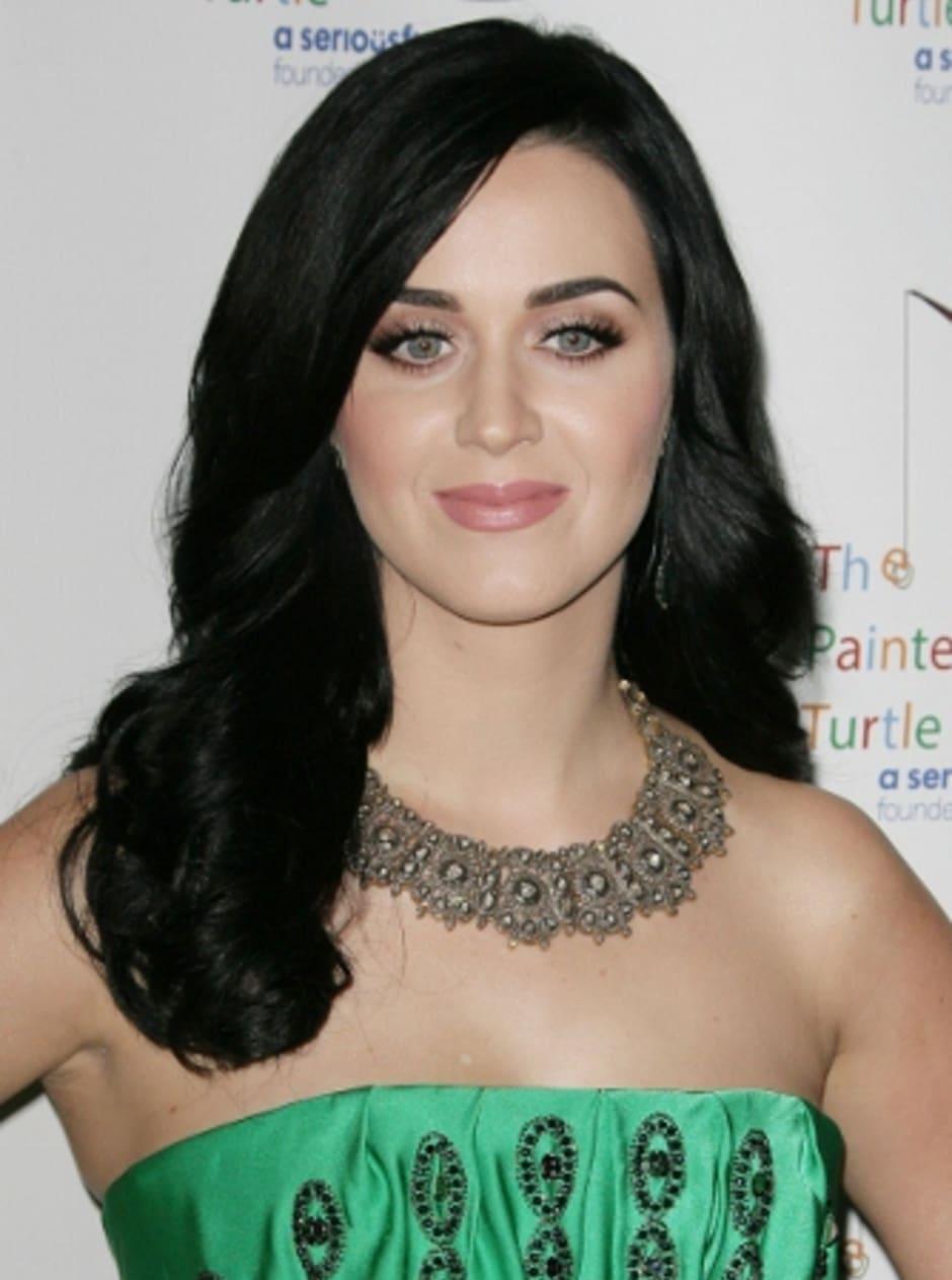 Once again, Katy loves the girls